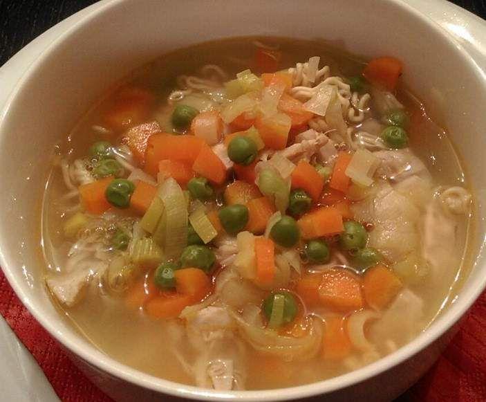 Rezept Hühnersuppe bei Erkältung .. all in one von Little_Mami - Rezept der Kategorie Suppen