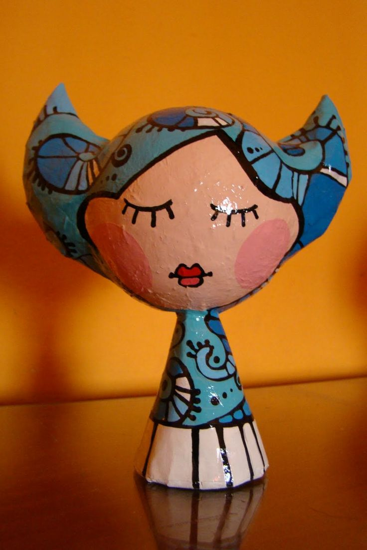 juguetes en madera y cartapesta: Muñecos de cartapesta