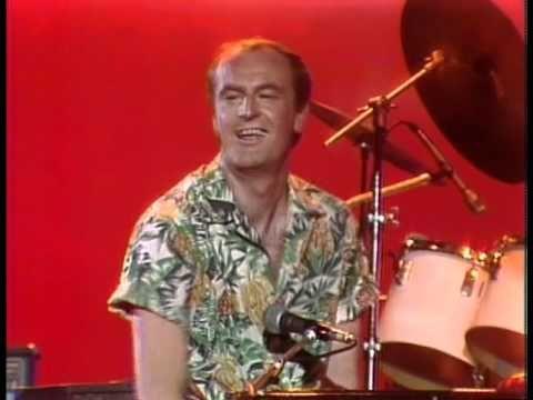 "Peter Allen performs ""I Go To Rio"" on Burt Sugarman's Midnight Special."