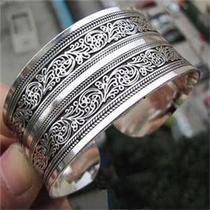 Tibet Silver Plated Round Metal Totem Cuffs