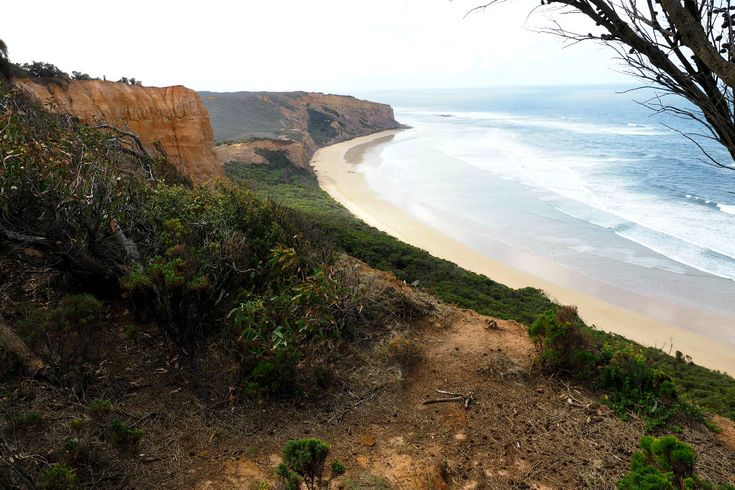 The view back towards Bells Beach from the clay cliffs lookout. | Great Ocean Road.