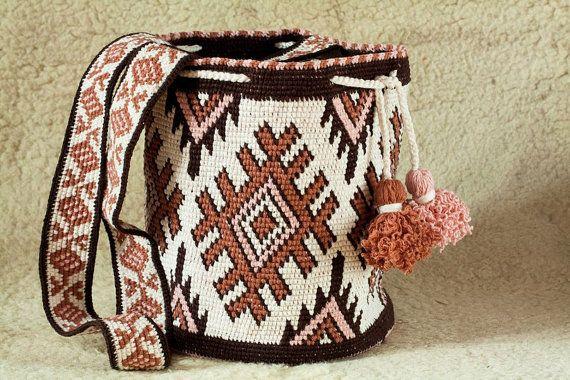 Modern  wayuu mochila bag handmade Boho Bags Hippie Cross body Bucket Bag…