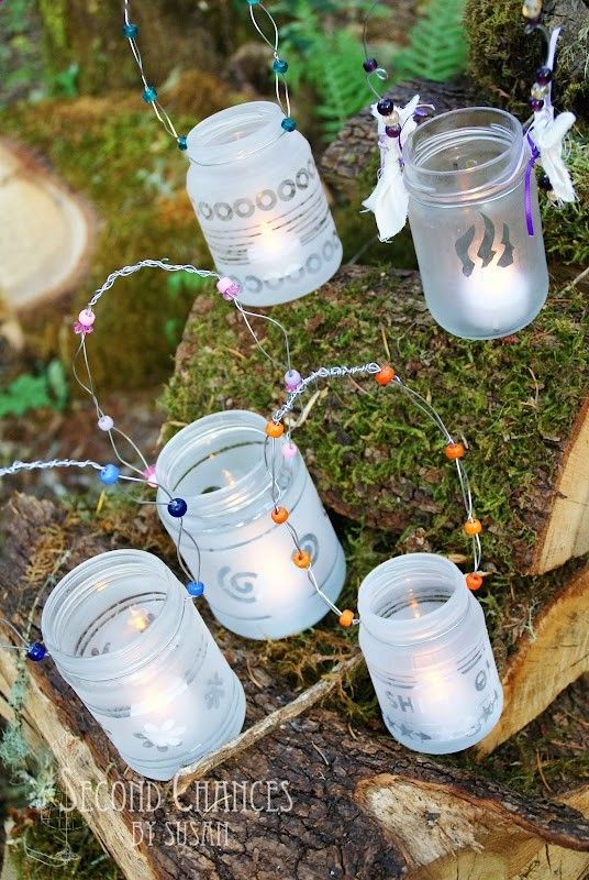 Girls Camp Crafts-- Southern Outdoor Cinema expert tip for theming and enhancing an outdoor movie event.