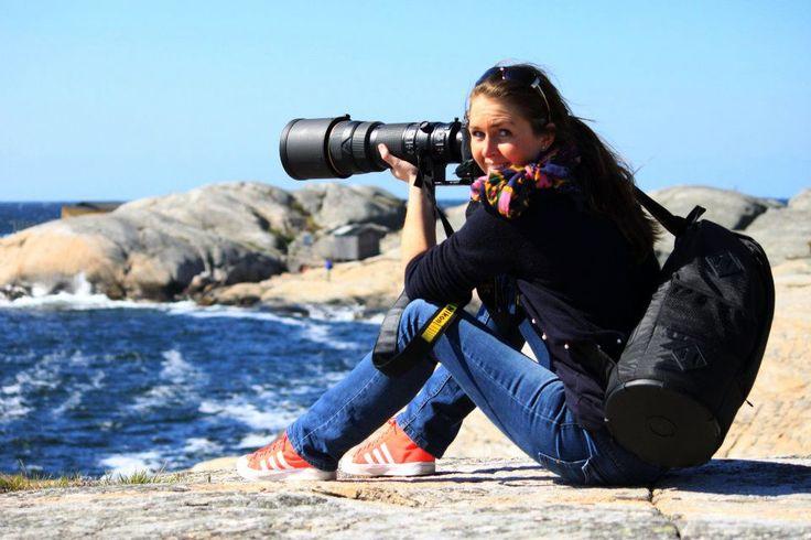 Jeg bliver ofte spurgt hvilke kamera jeg bruger til at tage billeder med og ligeledes mine ferie billeder. Som jeg ofte svare så handler det ikke altid om kameraet, men om den der står bag kameraet. Fordi du kan have nok så fint et kamera, men hvis du ikke kender til dets funktioner og kompo....