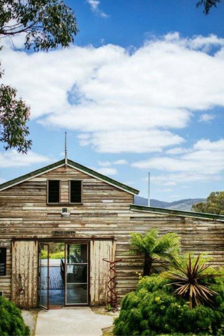 JINKS CREEK WINERY // Gippsland, VIC // via #WedShed http://www.wedshed.com.au/wedding_venues/jinks-creek-winery-gippsland-wedding-venue/