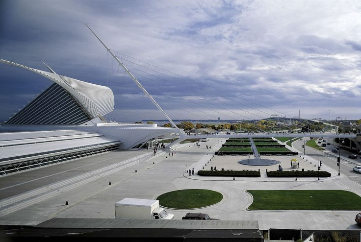 Milwaukee Art Museum (MAM) / Milwaukee (Gallery) - Santiago Calatrava – Architects & Engineers