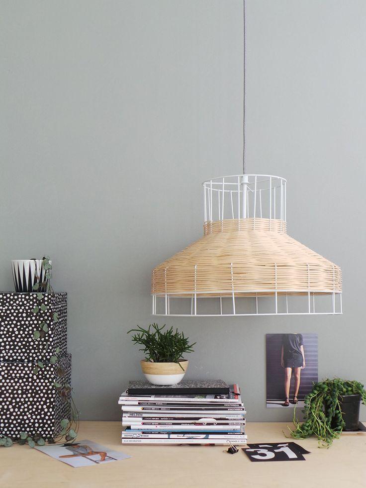 Minimalistische hanglamp Bronq Kalmar berken