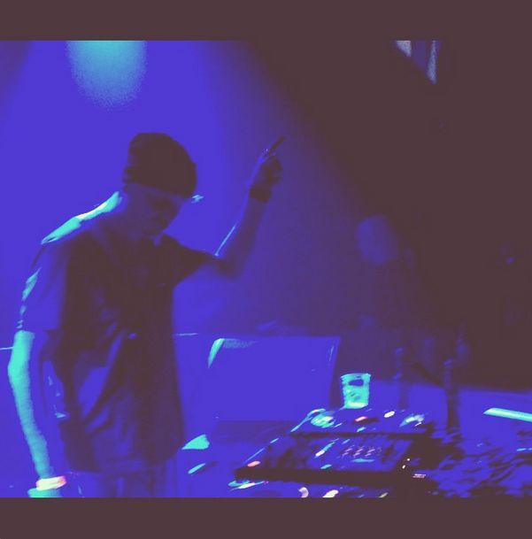 Dennis Neo live at Roxy Prague - Dennis Neo Instragram