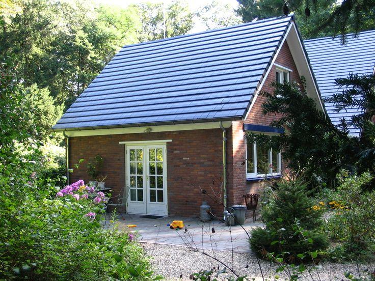 """DE VILDTGAARD: naast nationaal park Hoge Veluwe. Achter ons woonhuis in een vrijstaande """"cottage"""" bevindt zich de B&B met eigen zitkamer, keuken, sanitaire voorzieningen en terras. Alle privacy en 'sochtends op uw moment een heerlijk ontbijt geserveerd krijgen in uw eigen cottage!   Arnhem (GLD)"""