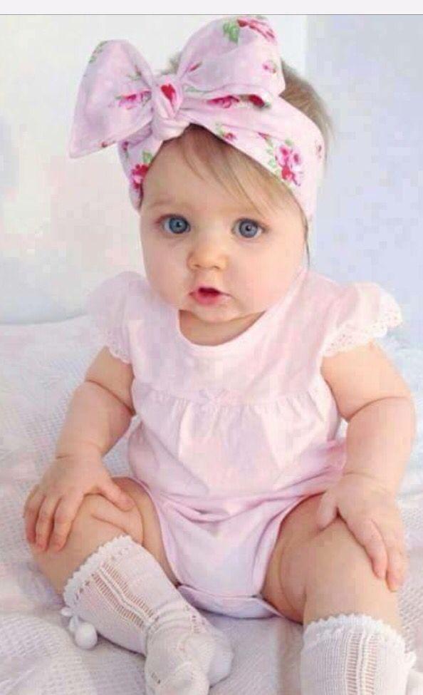 So pretty in pink. Love the bow. Ropa bebe niña, Ropa linda