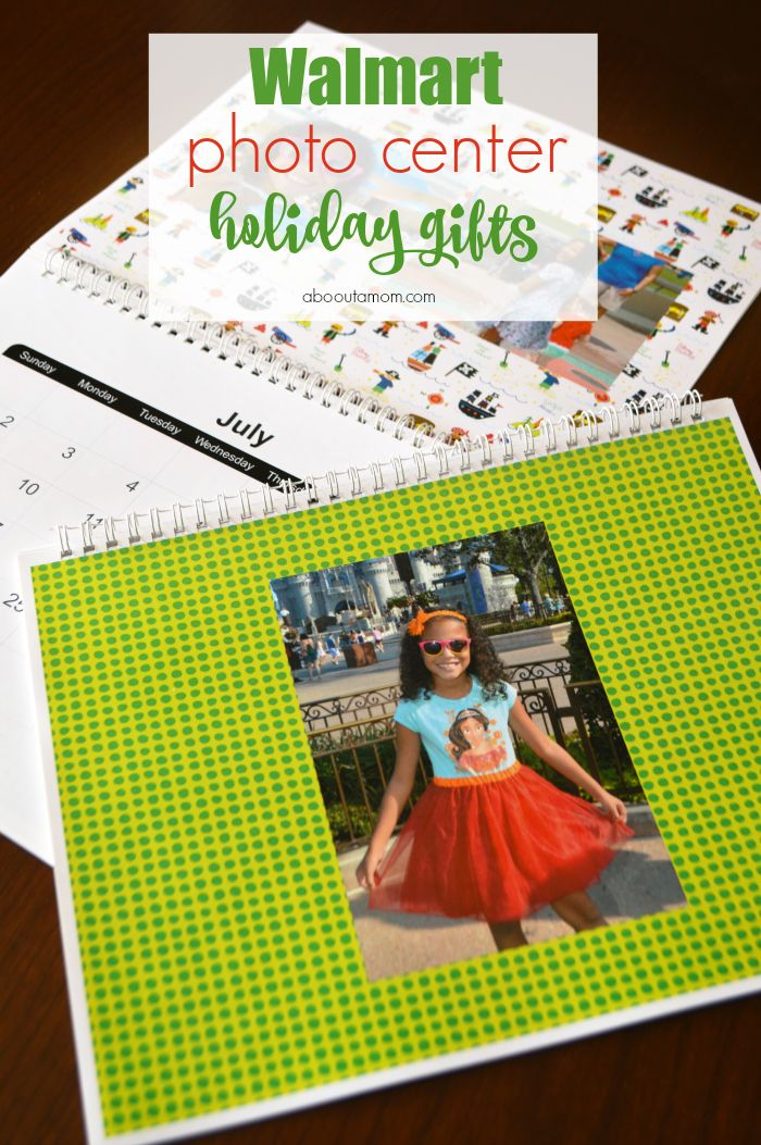 This holiday season give the perfect personalized photo gifts with Walmart Photo Center Holiday Gifts. #PicturePerfectGifts AD