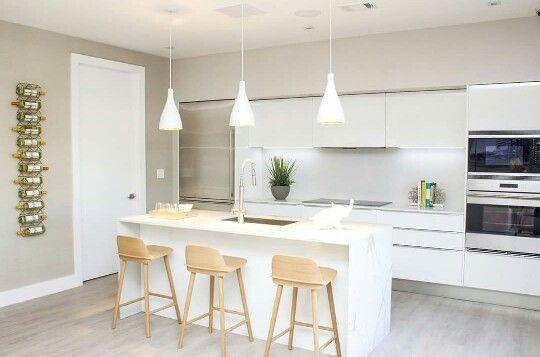 Sillas hermosas para barra e iluminaci n cocina for Sillas bonitas