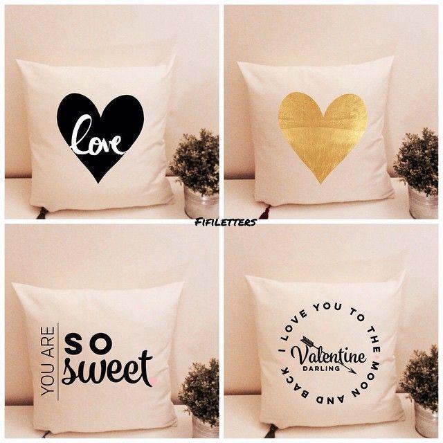 Love you to the moon and back  #fifiletters #pillows #yastik #yilbasi #hediye #kırlent #harf #aydinlatma #lamba #kirmizi #dekorasyon #ev #decoration #tasarim #design #mavi #sarı #yesil #pembe #vintage #kisiyeozel #isim #ampul #siyah #beyaz #kar #kis #winter #snow #family #smile #wife #husbant #beyaz