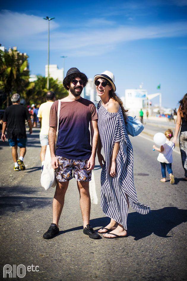 E pá! Cruzou com o casal londrino, Sarah Tognazzi e Bouha Kazmi, passeando pela orla do Leblon. Acho que se perderam entre as maravilhas do Rio, já que ainda não responderam nosso e-mail com maiores informações.