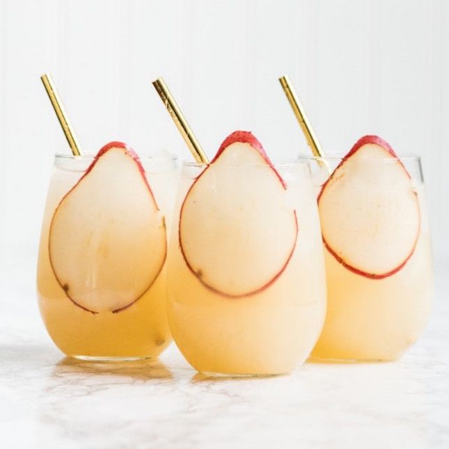 19 Champagne Punch Recipes for a Sparkling NYE | Brit + Co