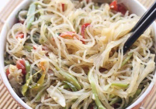 Fideos de arroz con verduras | Chile Vive Sano