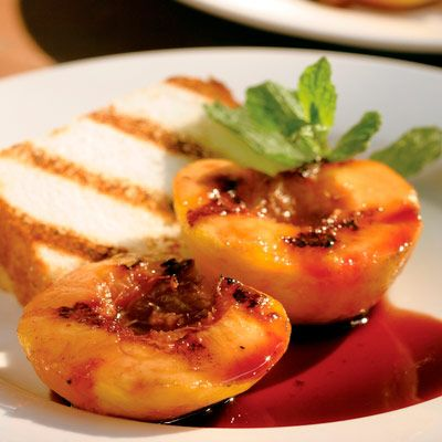 Low Calorie Dessert Recipes - Grilled Peaches and Angel Food Cake - Delish.com
