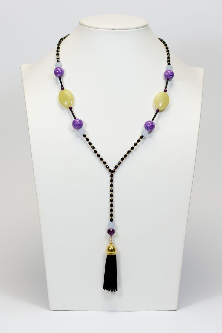 Collier violet et noir, perles de jade citron, pompon noir #gadhorre #jawelry