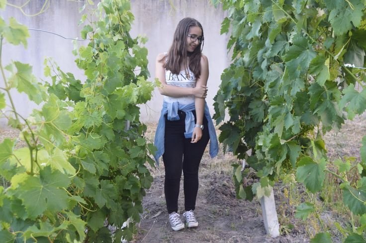 Outfit Of The Day | Green Vines & A Blue Touch