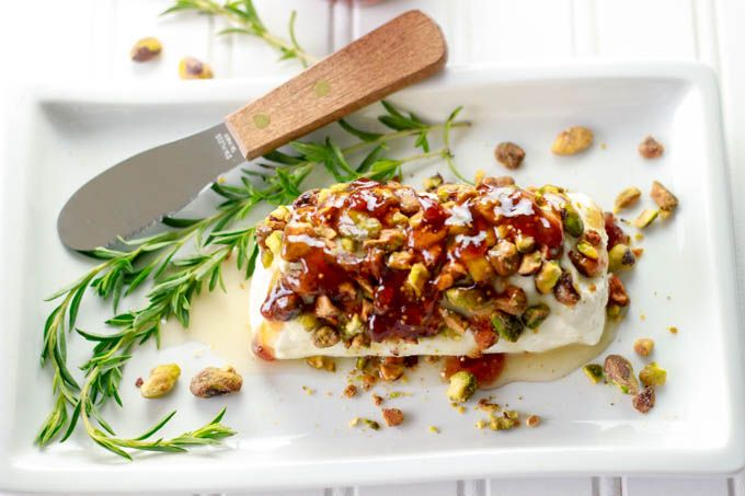 Goat Cheese with Honey, Fig and Pistachios | from Simple Healthy Kitchen ( takes only 5 min. to prepare!)