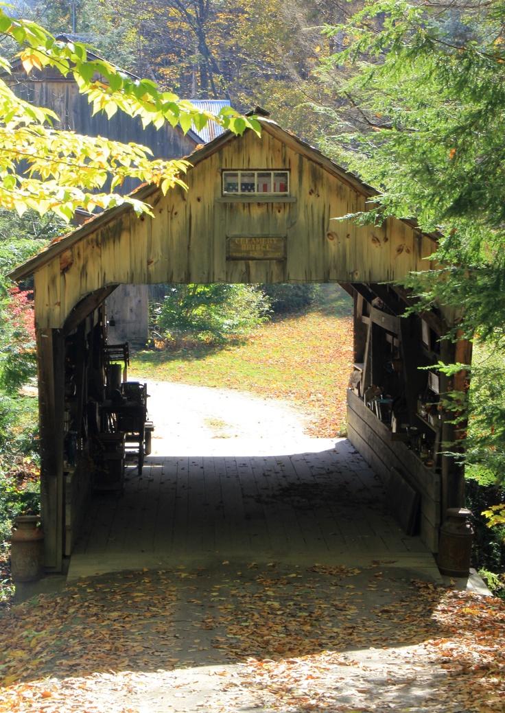 Creamery bridge - Ashfield - Massachusetts