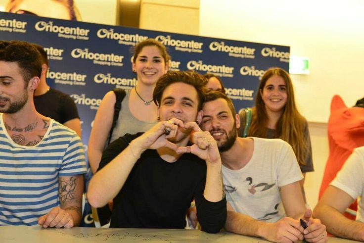 Alessio and Riccardo<3 Jajajaa!! Miran todo el mundo las caras de Ale y Ricc!! *----* Son unicasss!! *----* <3<3<3<3