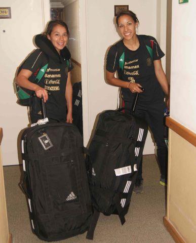 La Selección Femenil viajó a Brasil   Selección Mexicana de Fútbol - Mi Selección