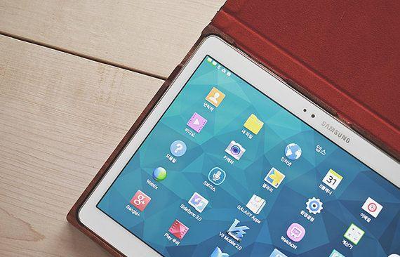 Galaxy Tab S 10.5 Case Boookly 'Black Bubinga' by boookly