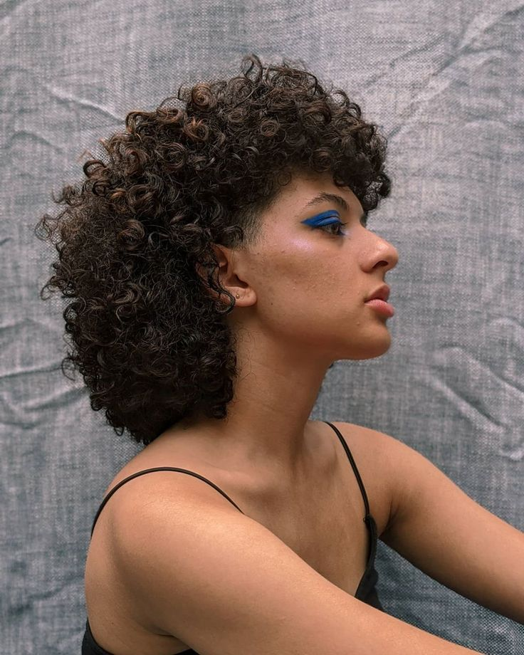 Curly 3c Mullet With Blue Bold Eyeliner In 2020