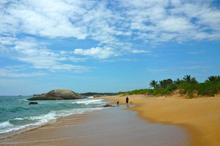Sri Lanka - Kirinda, cette plage sans fin   WE ARE 2 PASSENGERS