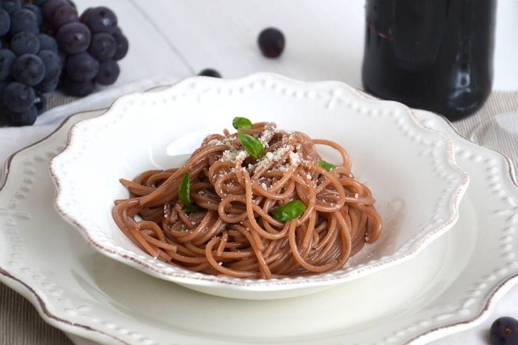 Spaghetti ubriachi, scopri la ricetta: http://www.misya.info/ricetta/spaghetti-ubriachi.htm