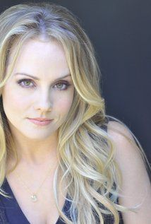 Kelly Stables. want her makeup and eyebrows