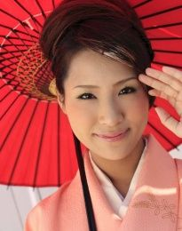 http://www.eastbabes.com/galleries/akira_ichinose_in-kimono-gets--avidolz.php