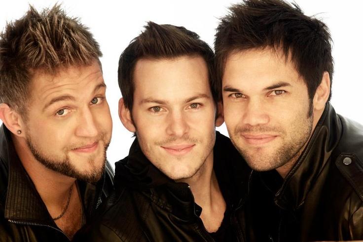Adam is 'n pop-rock trio wat bestaan uit Hugo Ludik, Joe Foster, en Reynardt Hugo. Met hulle energieke, self-geskrewe liedtjies is hulle een van 2011 se top 10 beste verkopers in die Afrikaanse musiek mark. Die groep se debut album, Adam, is in 2011 vrygestel. http://www.ja.fm/Kunstenaars/adam/
