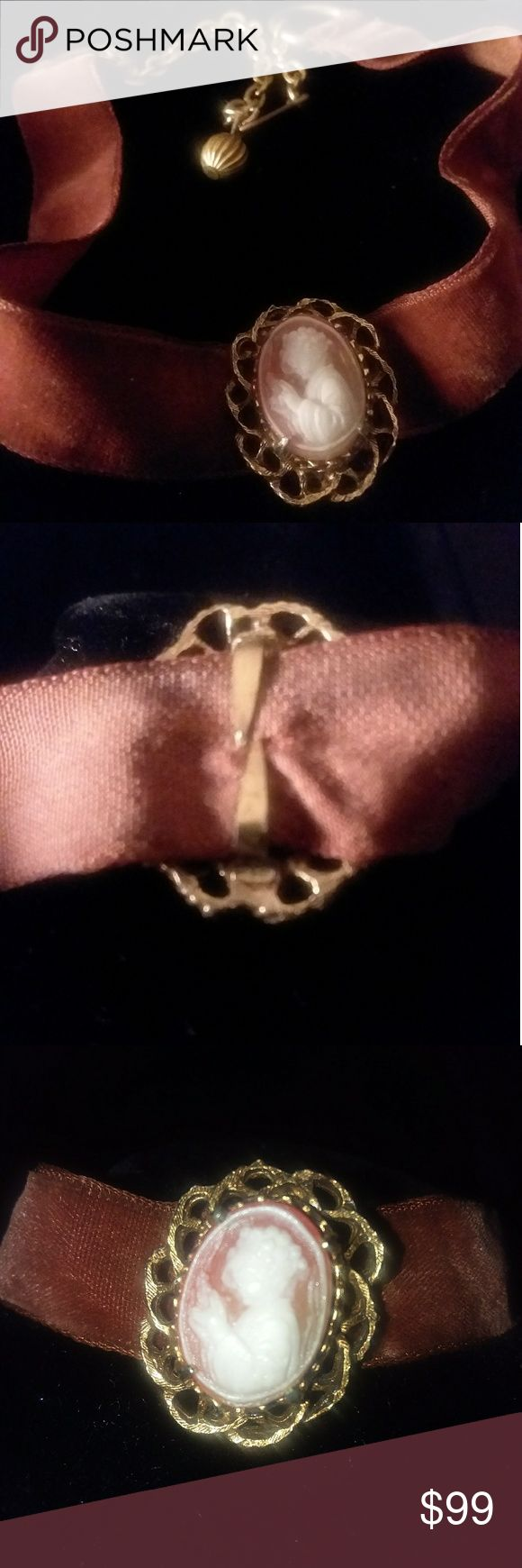 💞ORIGINAL 1950's VINTAGE FLORENZA CHOKER💞 This beautiful 1950's FLORENZA Chocker was a sweet find all original highly appreciated treasure.....  Hand carved VICTORIAN CAMEO.... Velvet Collar Band.... Vintage Closure...  ALL ORIGINAL Parts.....  MUST SEE TO APPRECIATE....  SIGNATURE MARKING POSTED......  COME IN BOX FOR PROPER MAINTENANCE...  BUNDLE 3 OR MORE FOR BIGGER DISCOUNT.. Florenza Accessories