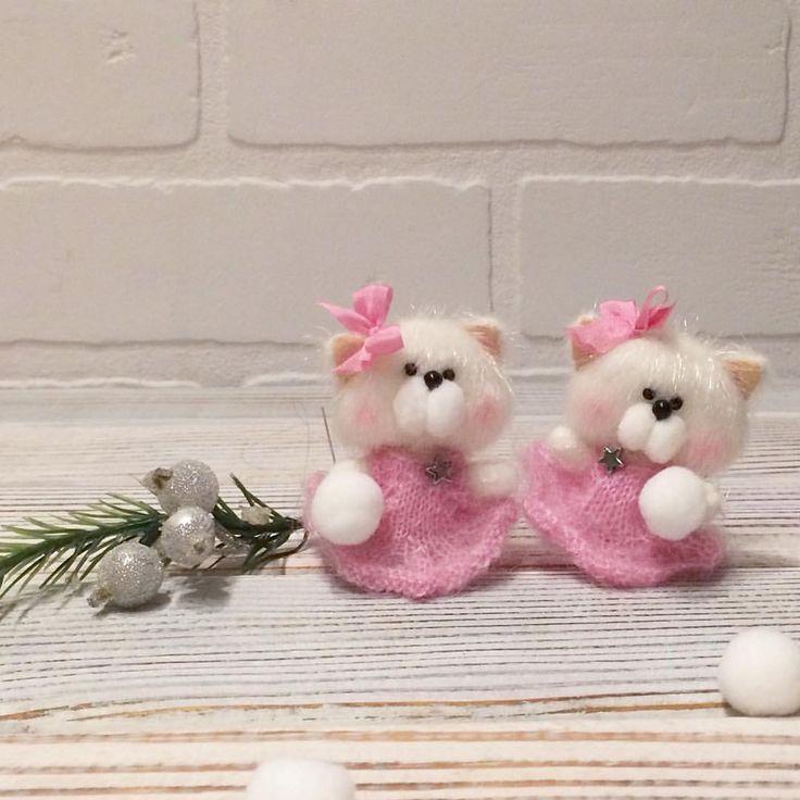 29 отметок «Нравится», 2 комментариев — Оксана (@delicato_rosa) в Instagram: «Поиграем в снежки? 🤗#брошь #мишка #минимишка #зайка #зайчик #инстамама #brooch #bear…»