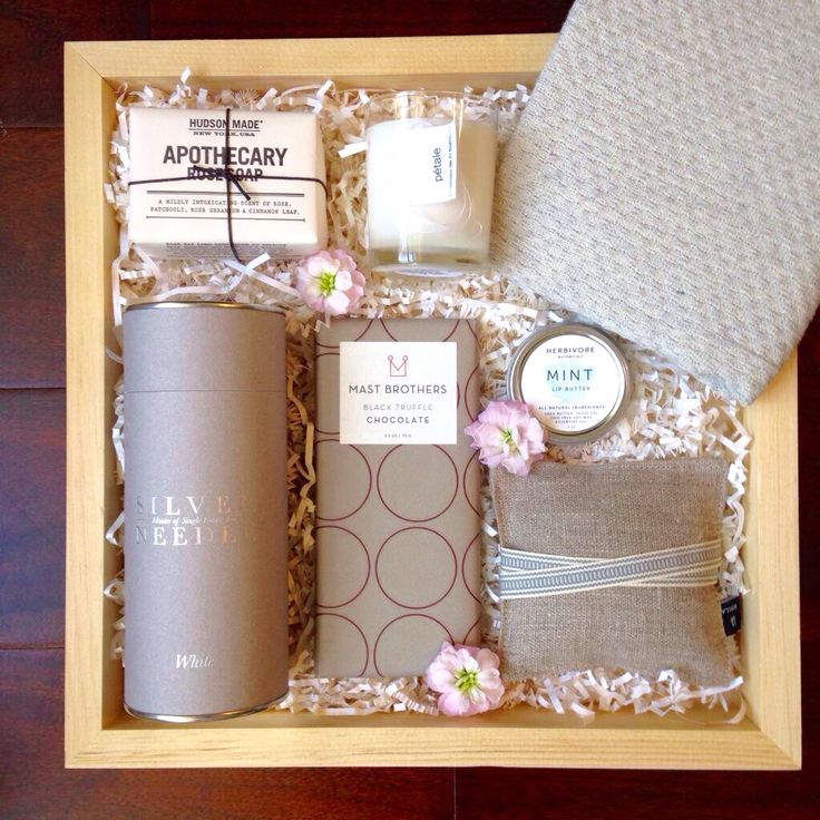 A custom Teak & Twine gift box for Mother's Day   hello@teakandtwine.com