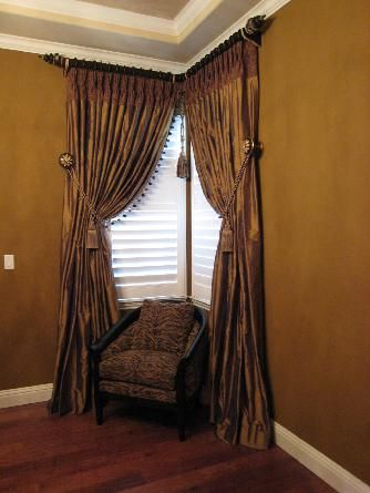 23 best corner window treatments images on Pinterest | Corner window ...