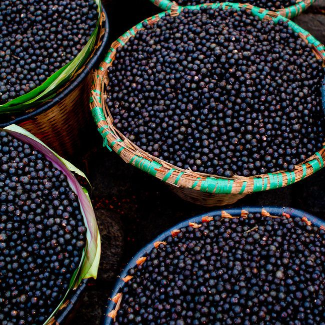 acai-gettyimages-148989601