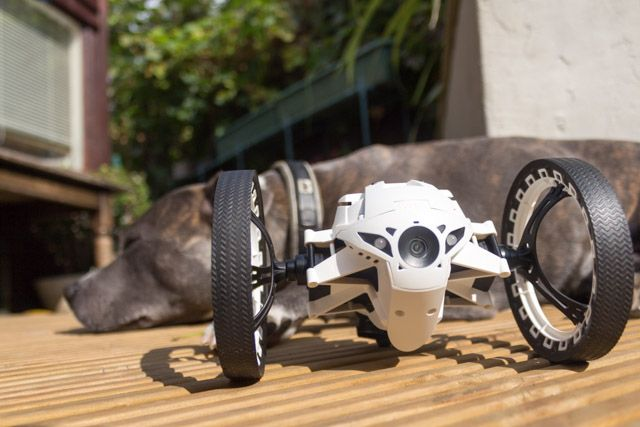 Parrot Jumping Sumo Mini Drone Review and Giveaway