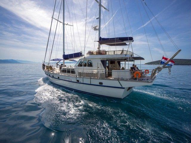 tantalize your tastebuds aboard ALBA with Chef Zlatko #adriatic #summer #family #friends