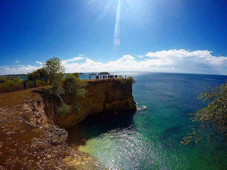 Cliff on hill #agushariantophotography #lombokisland #lombokhighlight #snorkling #swim #beach #whitesandybeach #bluesky tanjungringgit Sea, Water, Sky, Outdoors, Beach, Horizon Over Water, Nature,...
