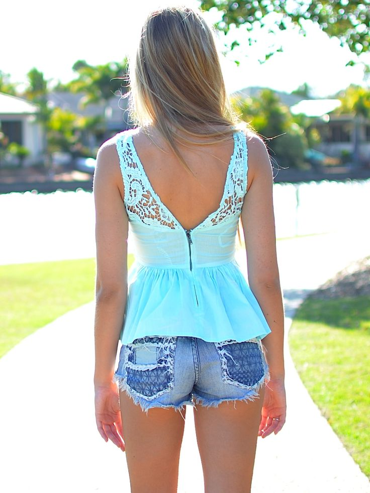 Love the shirt def for Summer time