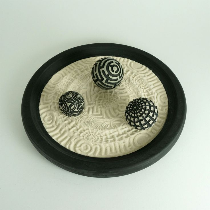 "Desktop Zen Garden, Pathways Package: 12"" Circular Wooden Tray, 16oz Sand & 3 Cement Spheres"