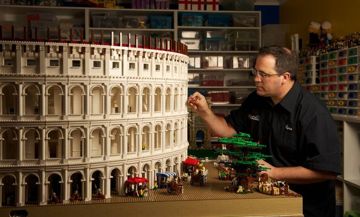 Lego professional Ryan McNaught who has built a Lego Colosseum for Sydney University.