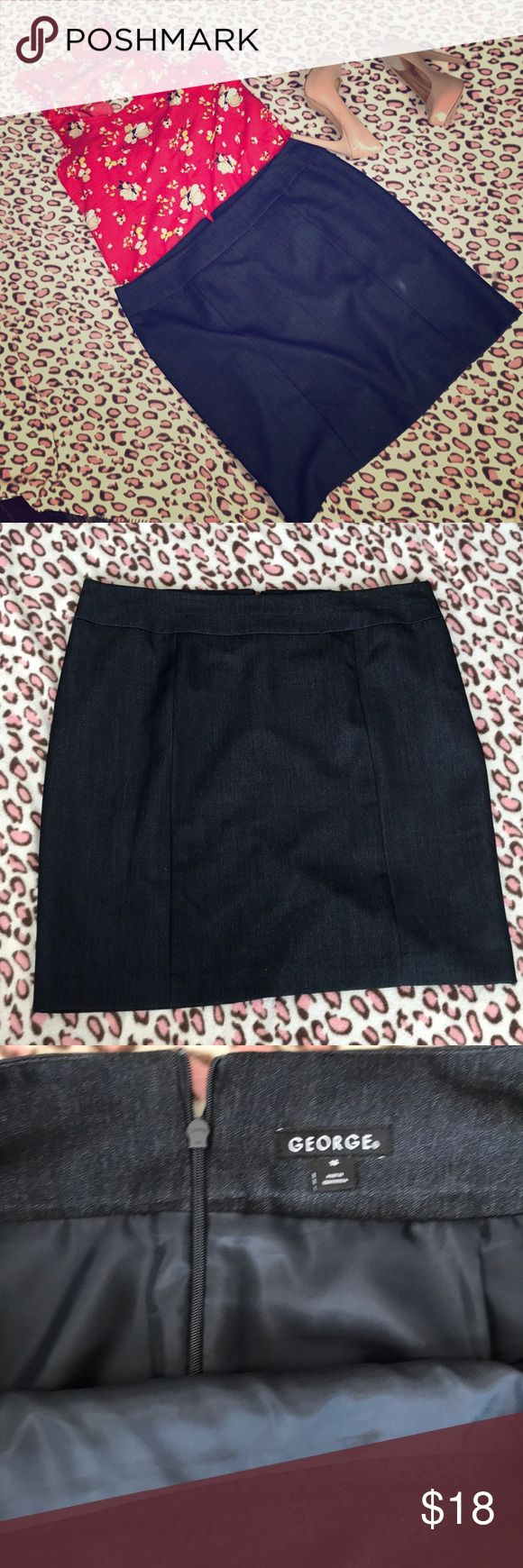GEORGE navy blue pencil skirt sz16 Women's size 16 navy blue skirt, knee length, In new condition only worn once. George Skirts Pencil