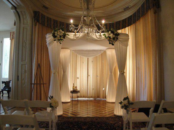 Prestigious Occasions: Wedding Ceremony Altar Style