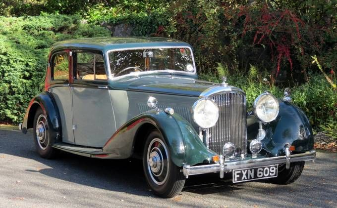 1939 Bentley 4 1/4 Overdrive Saloon by Park Ward