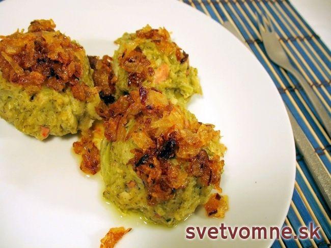 Brokolicové knedličky s údeninou v parnom hrnci