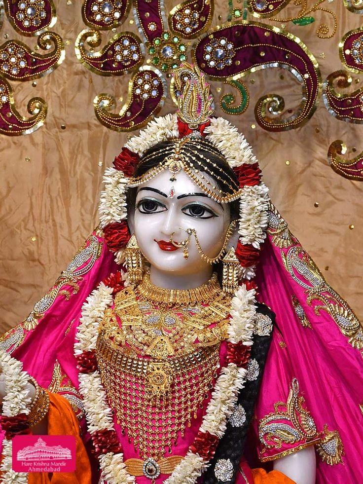 Hare Krishna Temple Ahmedabad Deity Darshan 16 Feb 2018 (6)